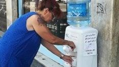 Milano, acqua fresca per gli assetati: il boccione dell'amicizia per ricordare il commerciante scomparso